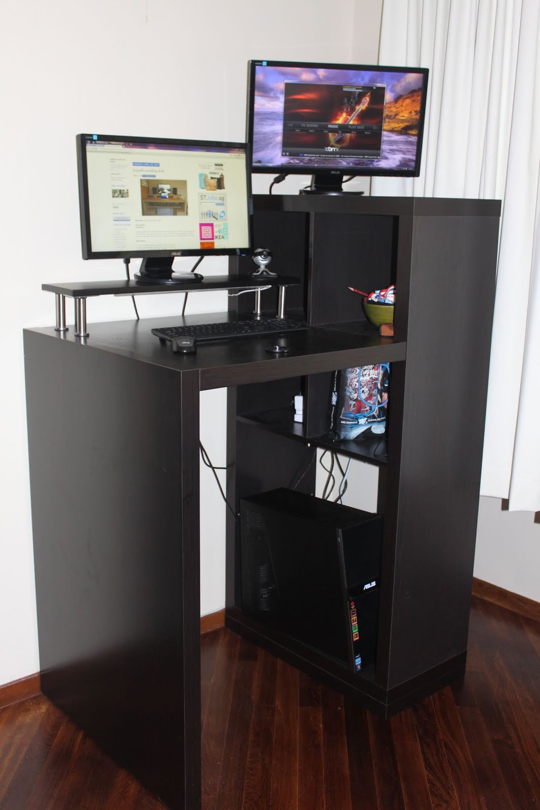 construire une table pour ordinateur en hackant ikea nerdpix. Black Bedroom Furniture Sets. Home Design Ideas