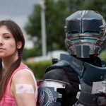 Isaac Clarke et Ellie Langford dans un remake cosplay du jeu video Dead Space