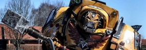 Un très imposant cosplay Imperial Fist de Warhammer 40K