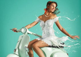 milky-pinups-calendrier lait aout 2014 femme sexy