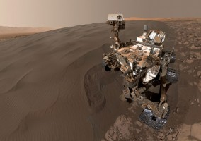 curiosity-mars-rover-self-portrait-martian-sand-dunes-pia20316-full